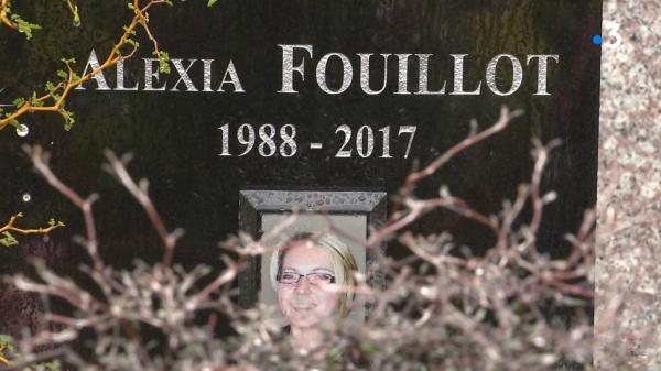 Capture d'écran reportage France 3 de la tombe d'Alexia Fouillot 1988-2017